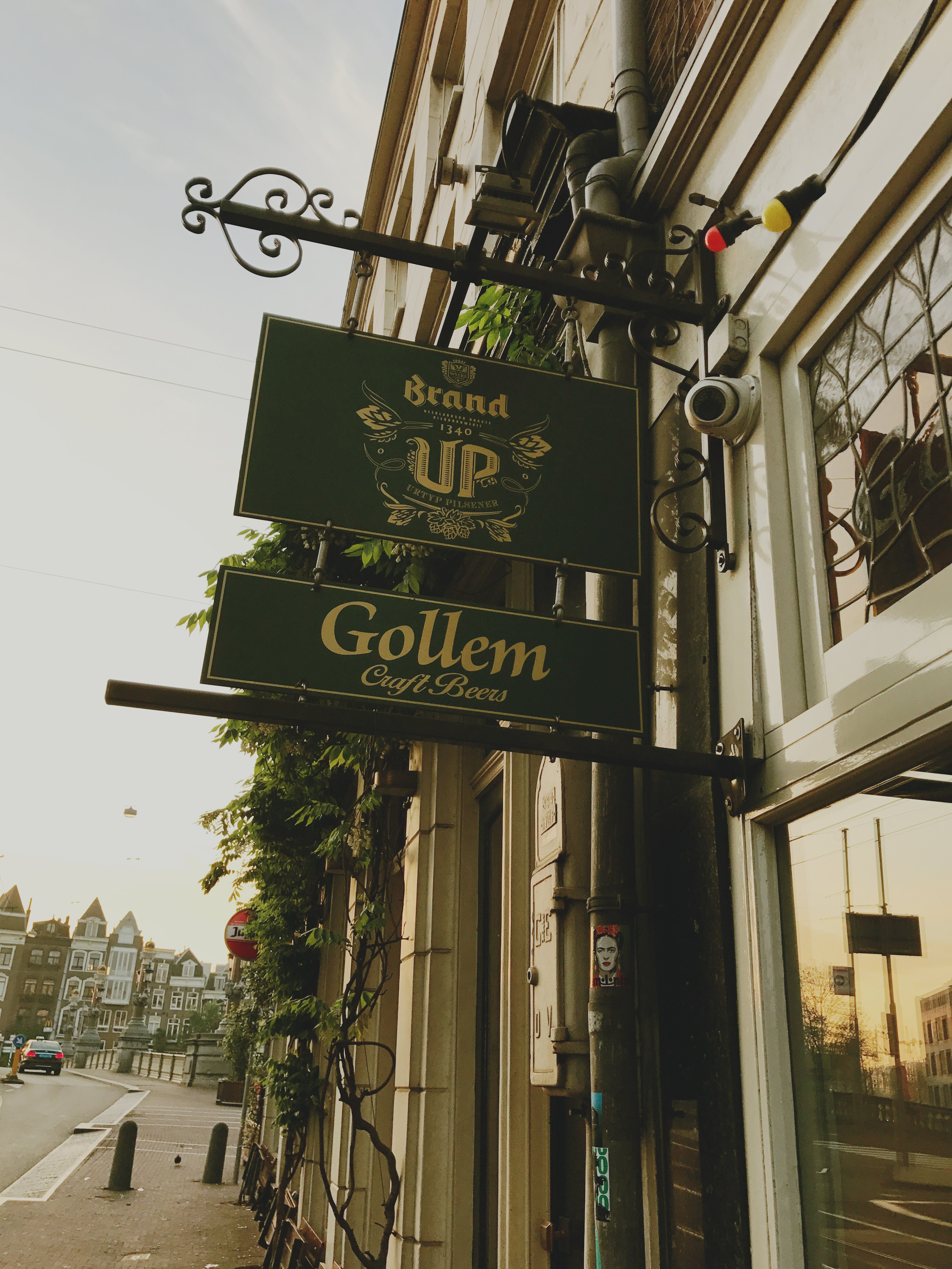 Cafe Gollem, craft beer bars in Amsterdam